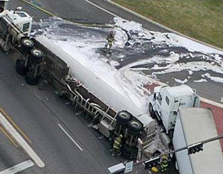 photo-tank-truck-spill